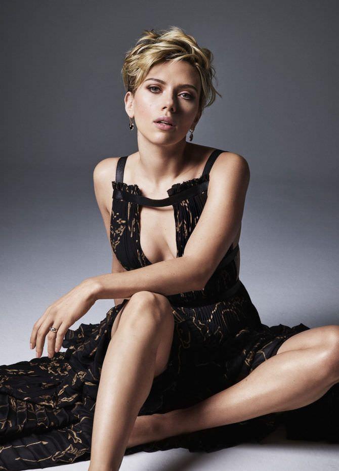 Скарлетт Йоханссон фото в красивом платье