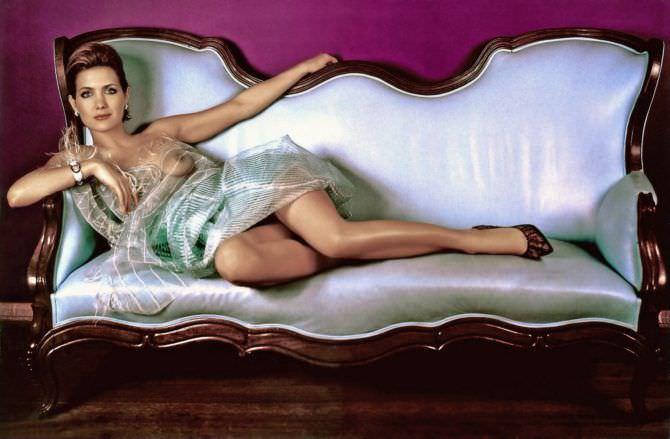 Екатерина Климова фото на кушетке