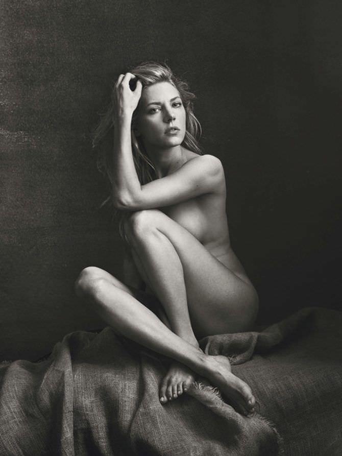 Кэтрин Уинник чёрно-белое фото