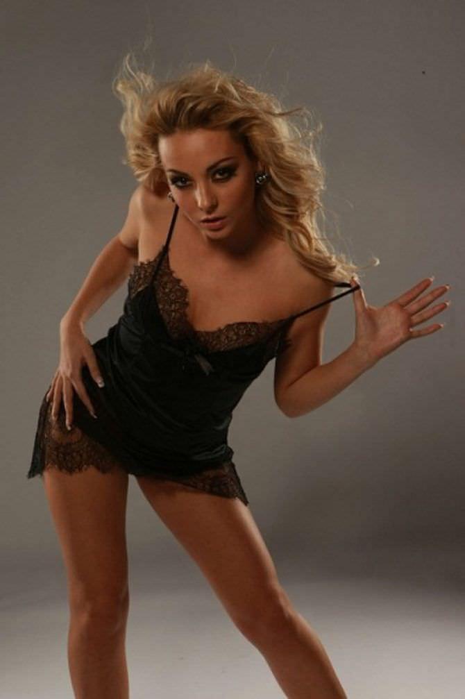 Дарья Сагалова фото в ночной сорочке