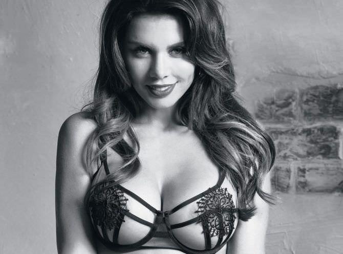 Анна Седокова фото в сексуальном белье