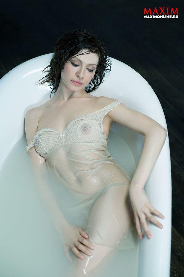 Елена Подкаменская фото в ванне