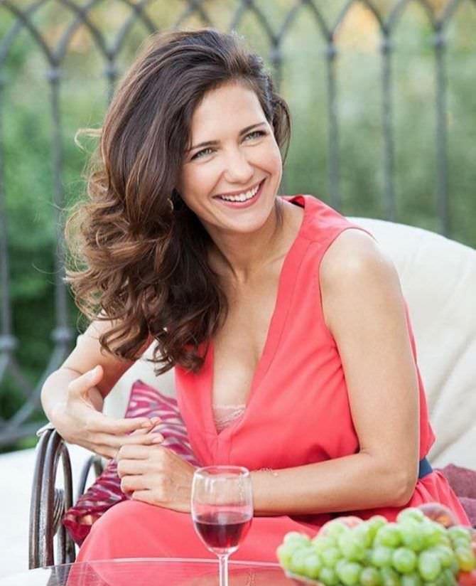 Екатерина Климова фото в розовом