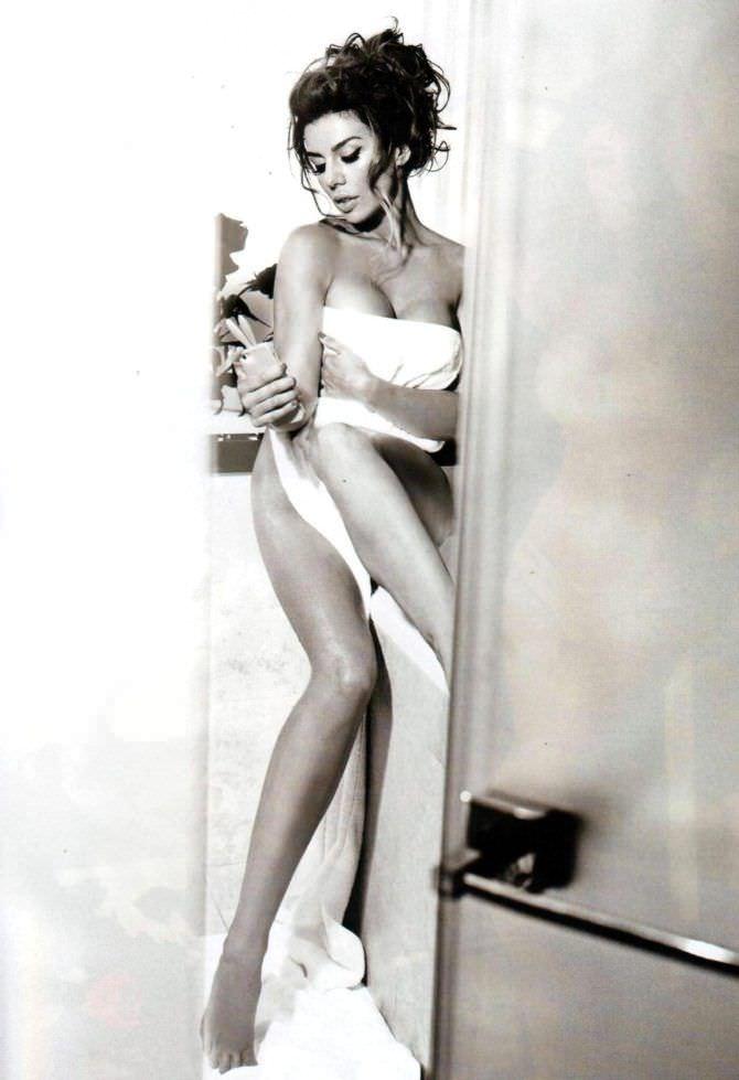 Анна Седокова фото в ванной