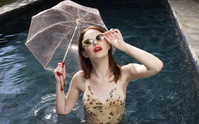 Эмма Стоун фото в воде