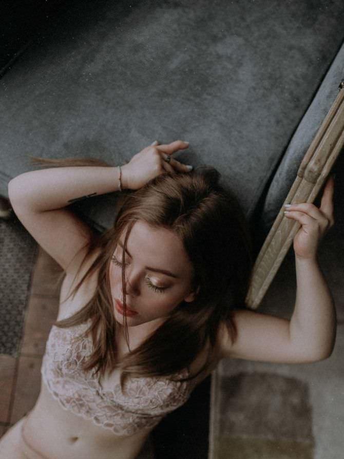 Олимпия Ивлева фото в бежевом белье
