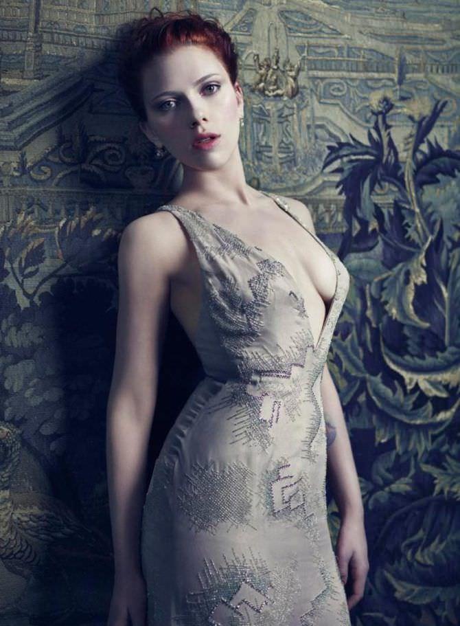 Скарлетт Йоханссон фото в открытом платье