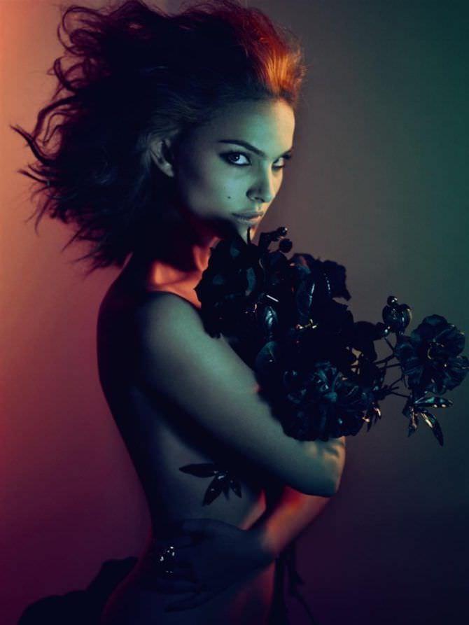 Натали Портман фото с цветами