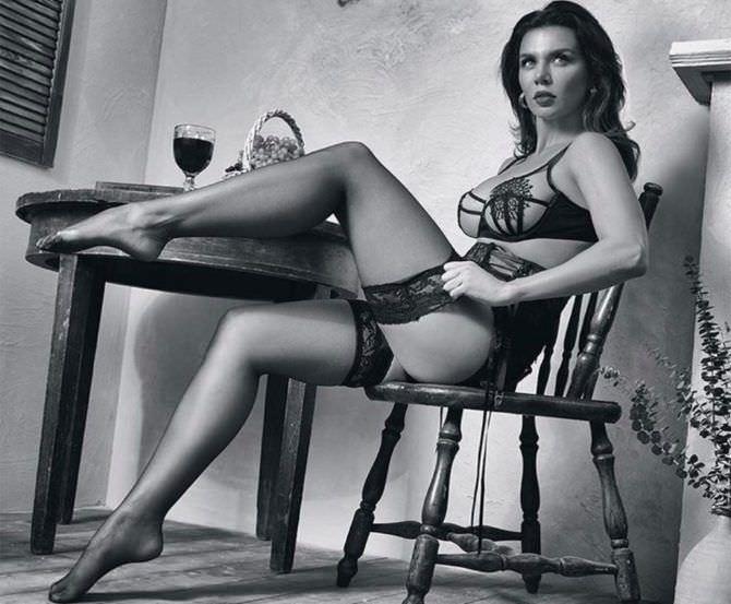 Анна Седокова фото в нижнем белье