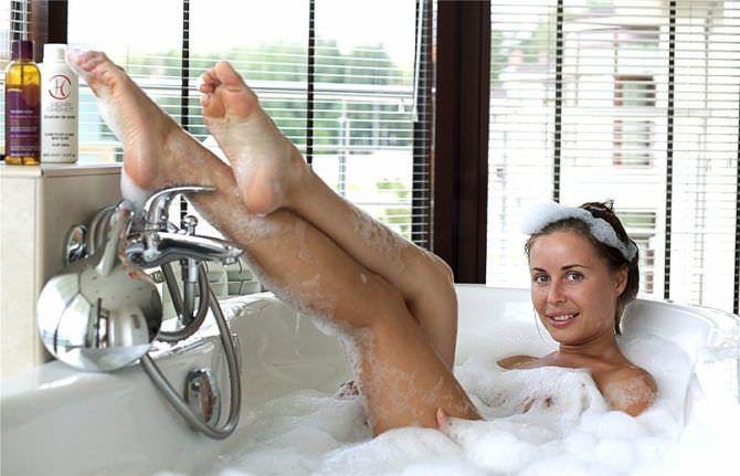 Юлия Михалкова фото в ванне