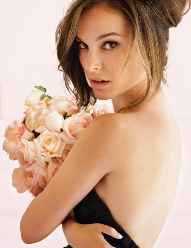 Натали Портман фото в платье с цветами