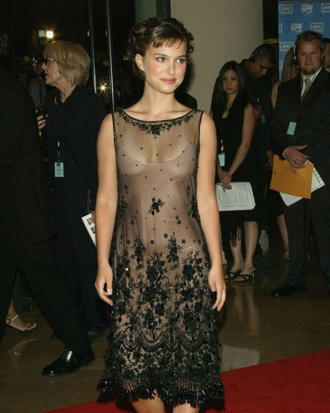Натали Портман фото в кружевном платье
