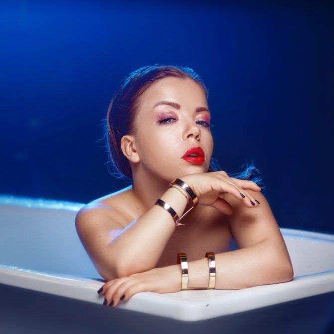 Олимпия Ивлева фотография в ванне