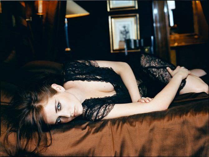 Ева Грин фото в кружевном платье