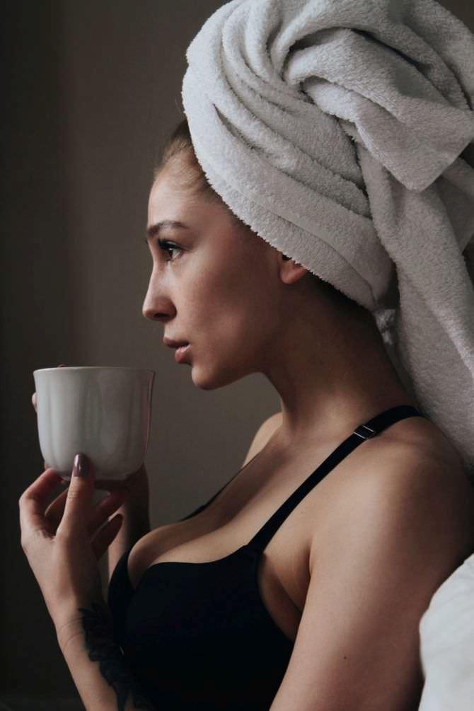 Анастасия Ивлеева фото с чашкой