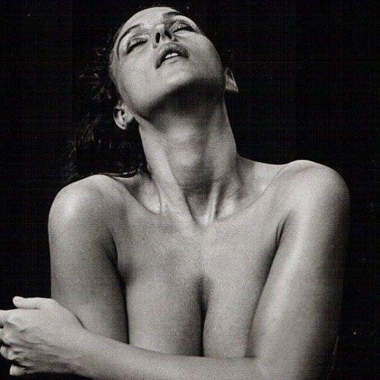 Моника Беллуччи фото в инстаграм