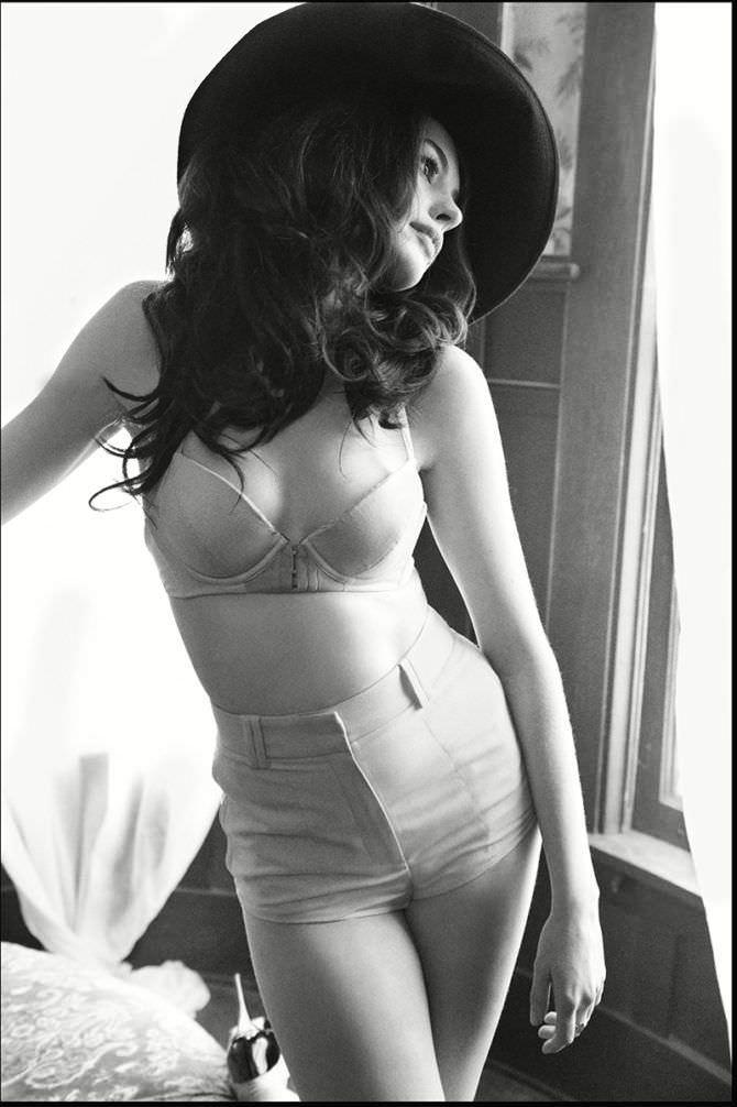 Энн Хэтэуэй фото в нижнем белье