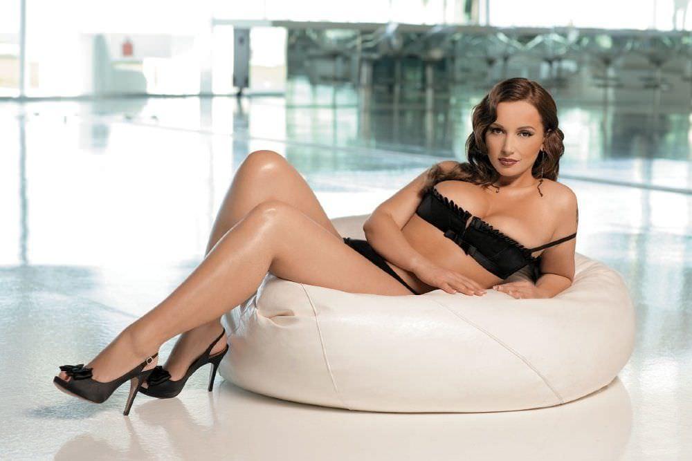 Прет гламурную звезды русского шоу бизнеса в плейбое картинки голых женщин