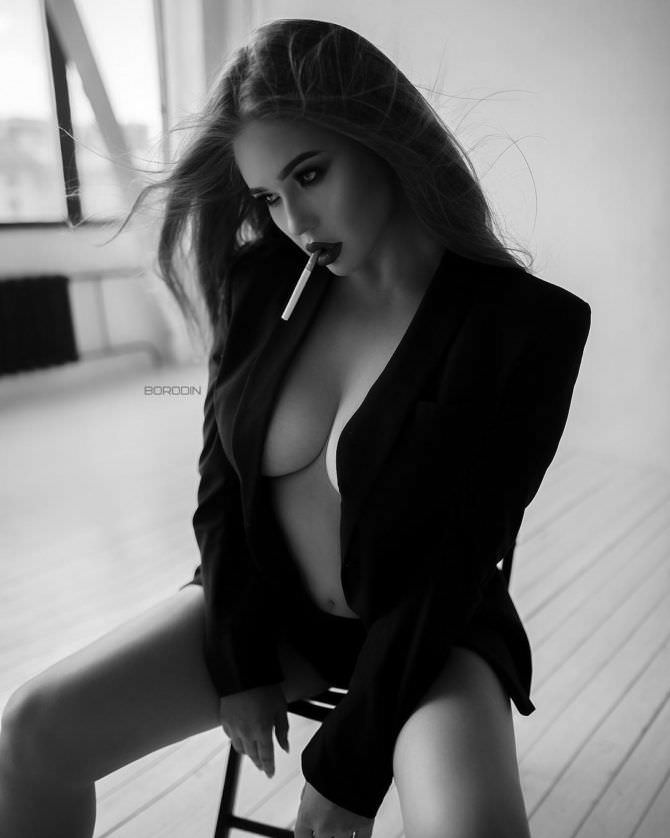 Мила Сайфутдинова фотография в пиджаке