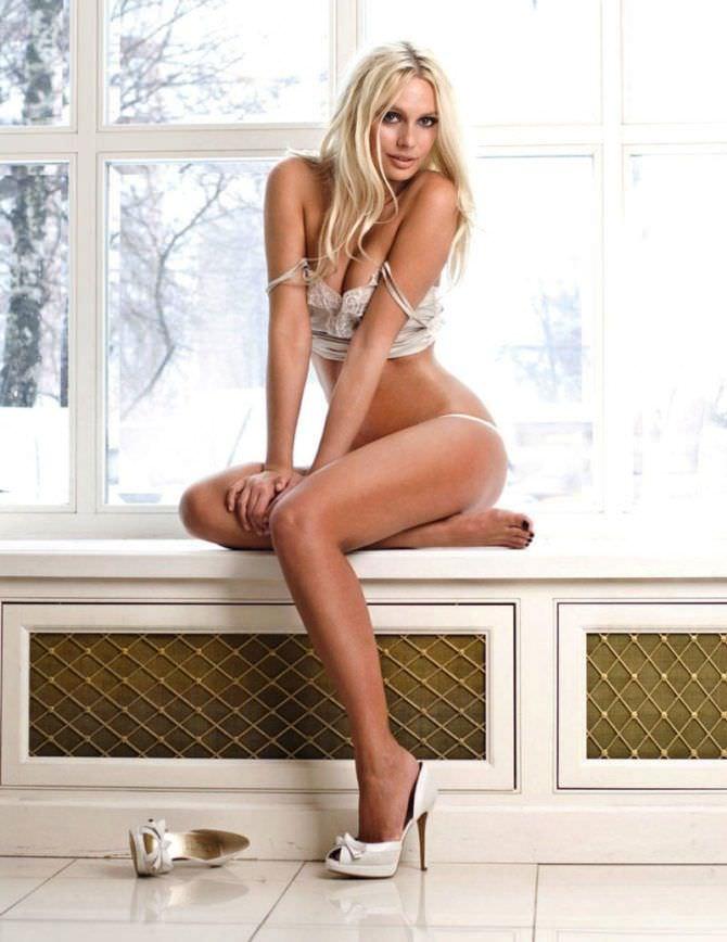 Наталья Рудова фотосессия в белье в журнале
