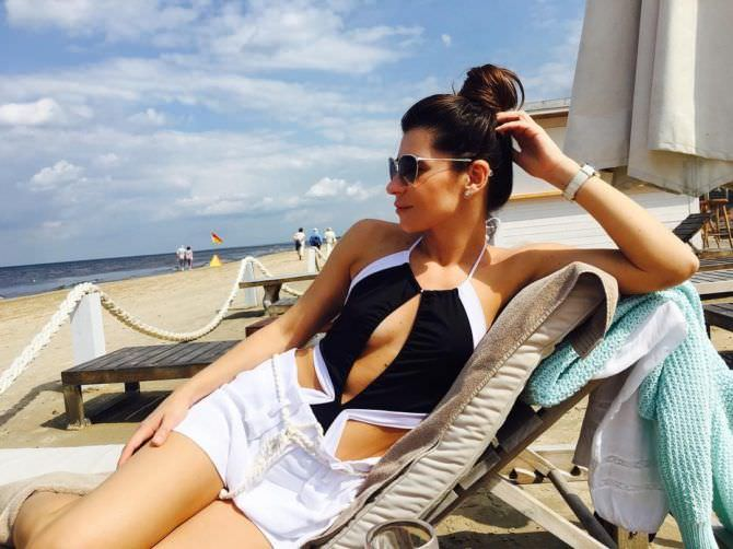 Екатерина Волкова фото на пляже