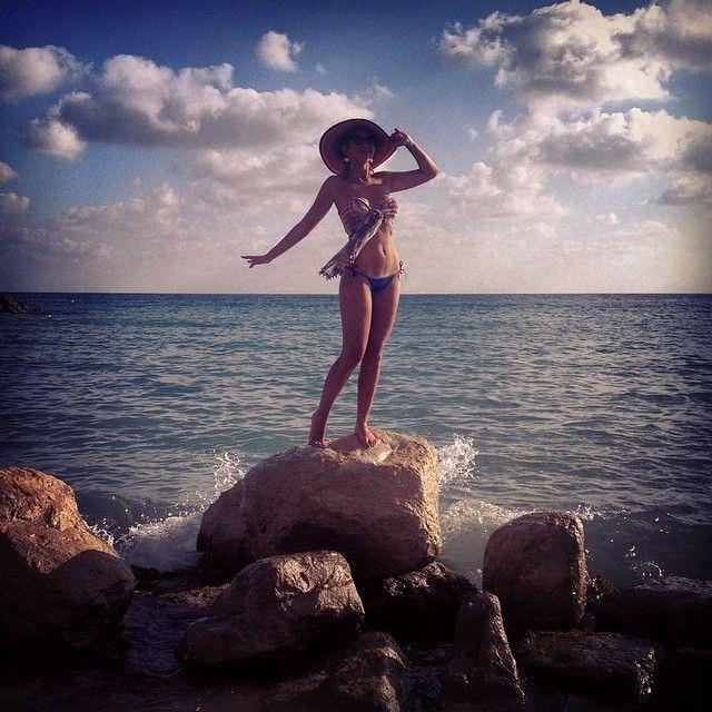 Алина Алексеева фото на пляже