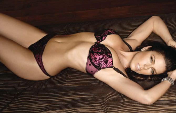 Кейт Бекинсейл фото в красивом белье