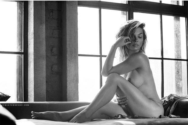 Карина Зверева фотография из журнала