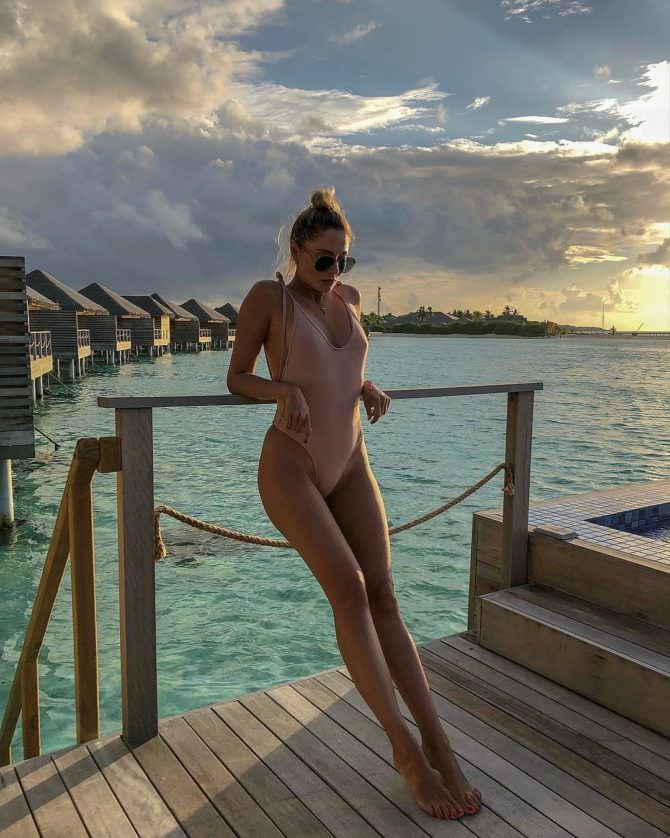 Наталья Рудова фото в купальнике в инстаграм