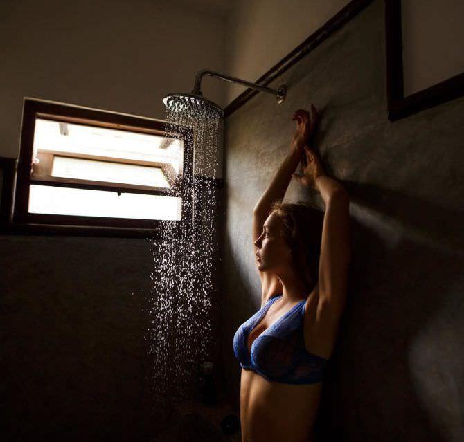 Маша Маева фото в душе