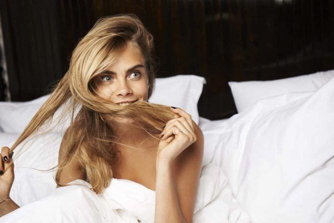 Кара Делевинь фото в постели