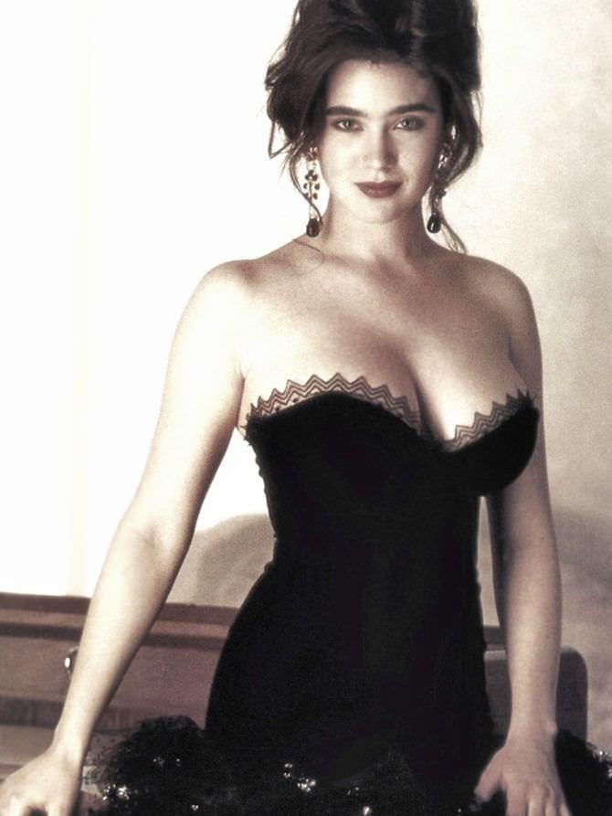 Дженнифер Коннелли фото в корсете