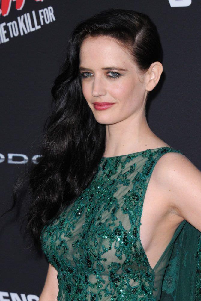 Ева Грин фотография в вечернем платье