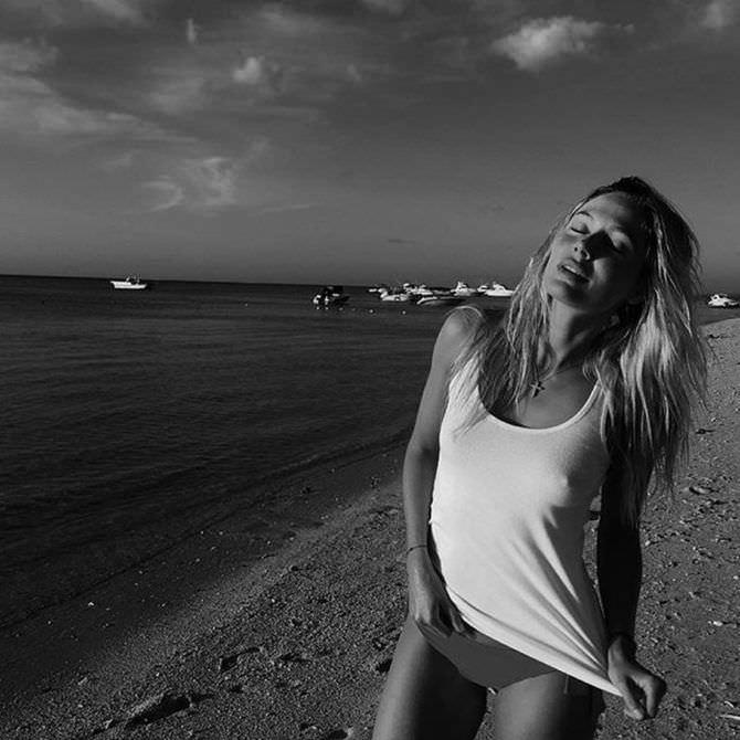 Наталья Рудова фотография на пляже
