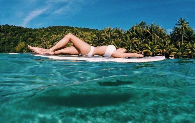 Регина Тодоренко фото на сёрфе