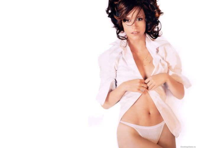 Дженнифер Лав Хьюитт фотография в белой рубашке