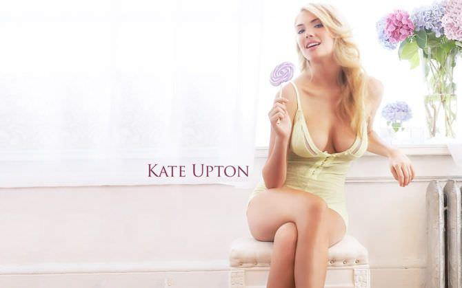 Кейт Аптон фото в жёлтой майке