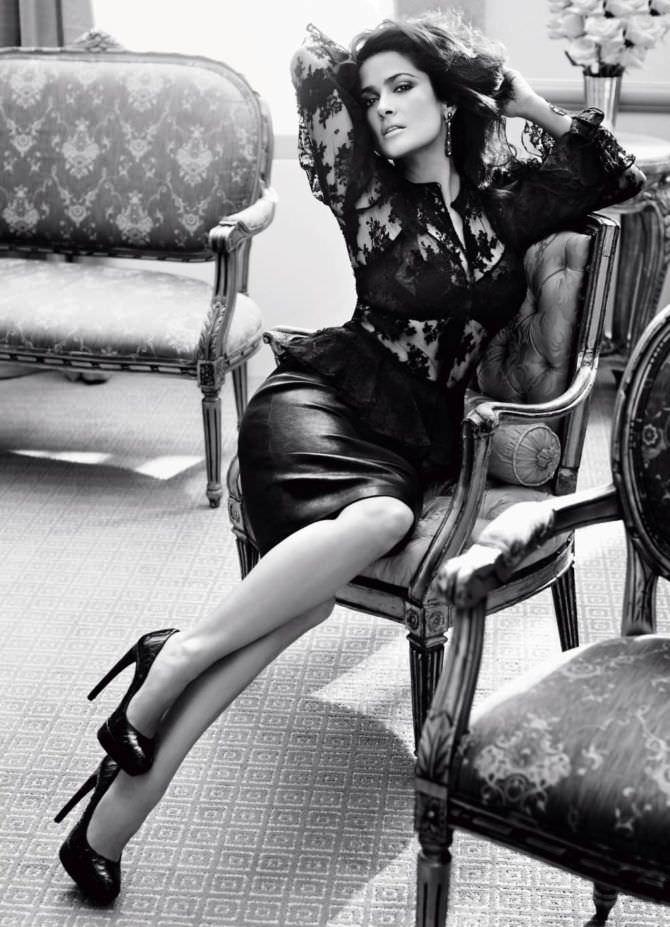 Сальма Хайек фото в блузке