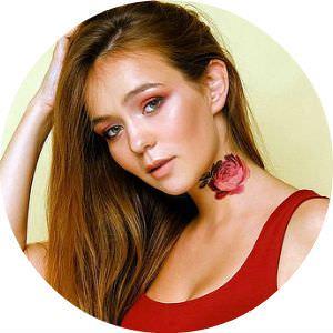 Маша Маева