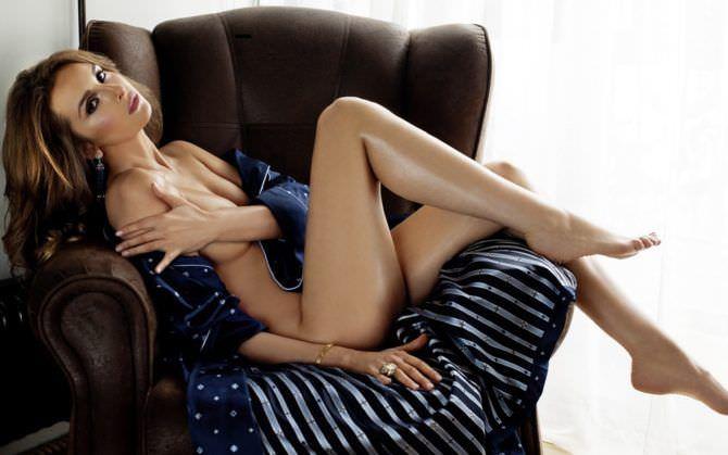 Софья Каштанова фото в кресле