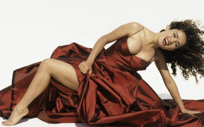 Сальма Хайек фото в красном