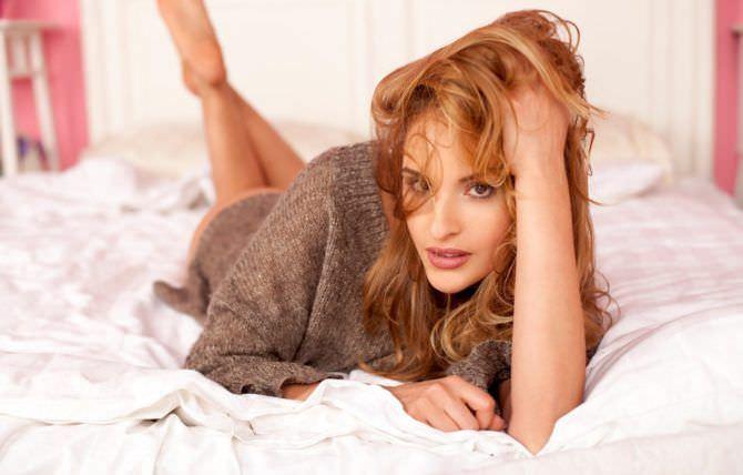 Софья Каштанова фото в постели
