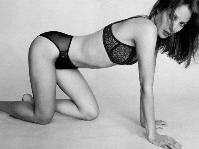 Джиллиан Андерсон фотосессия в белье