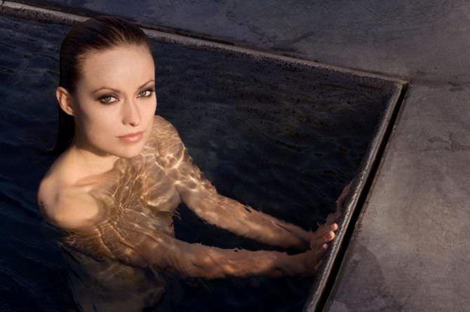 Оливия Уайлд фото в воде