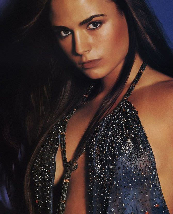 Джордана Брюстер фото в платье