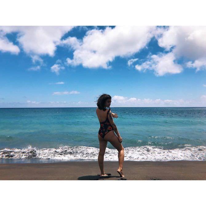 Ирина Смелая фото на пляже