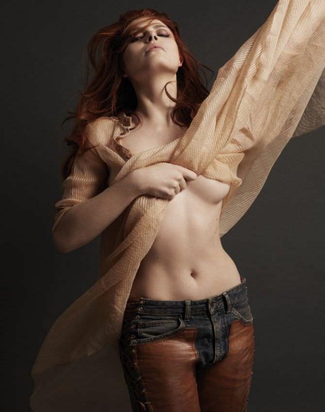 Одри Флёро фотография в джинсах
