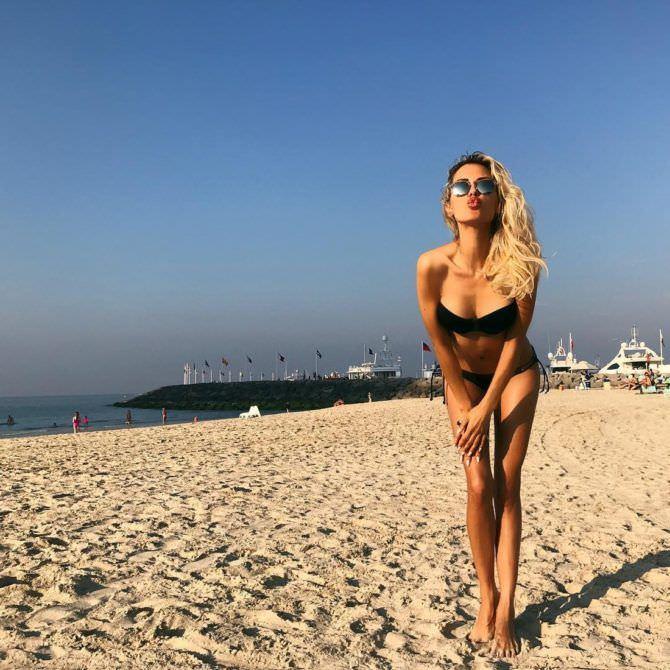 Виктория Боня фотоснимок на пляже