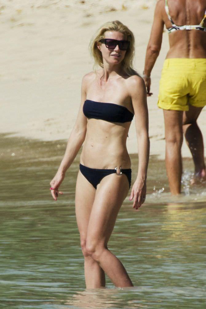 Гвинет Пэлтроу снимок на пляже