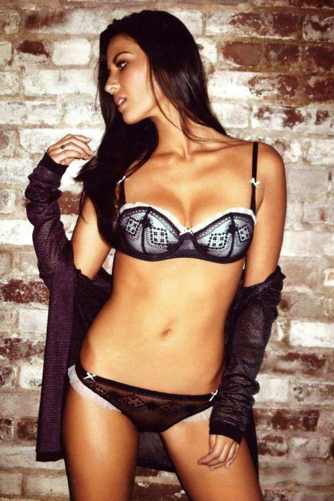 Оливия Манн фото в кружевном белье
